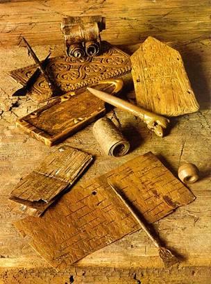 Древние инструменты и материалы для письма